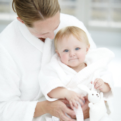 Bathrobes helpful for mom and baby after bathing